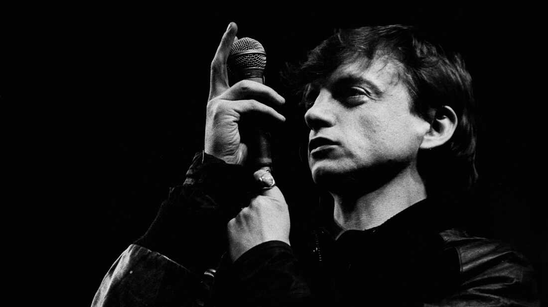 Mark E. Smith Was An Uncompromising And Essential Voice From Music's Fringe