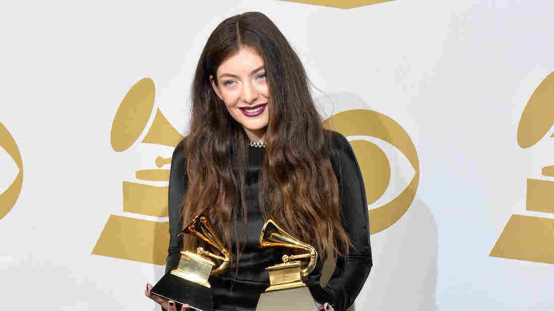 Fewer Than 10% of Grammy Nominees Are Women, Study FInds