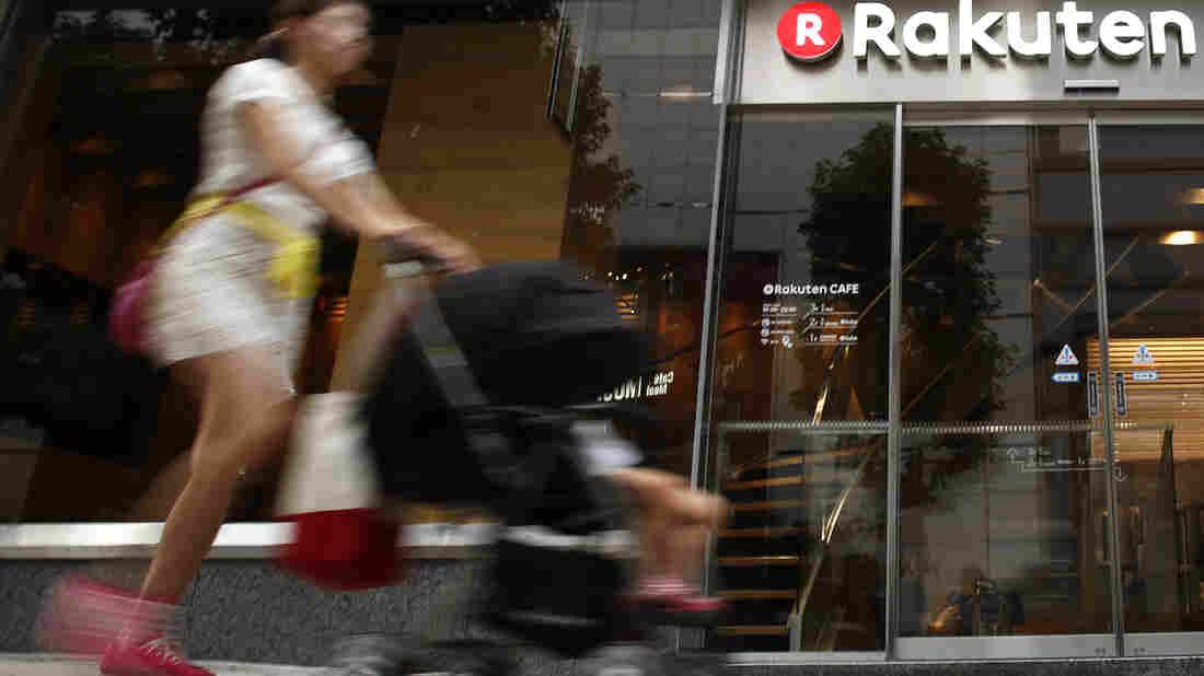Walmart signs Japan online grocery deal with Rakuten