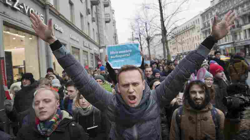 Protests Across Russia Call For Boycott Of March 18 Presidential Vote