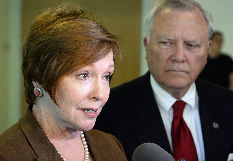 CDC Director Brenda Fitzgerald Resigns Over Financial