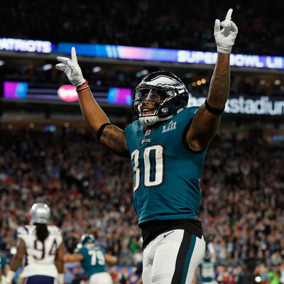 Underdog Eagles Pull Out A Shocker, Beating Patriots In Super Bowl LII