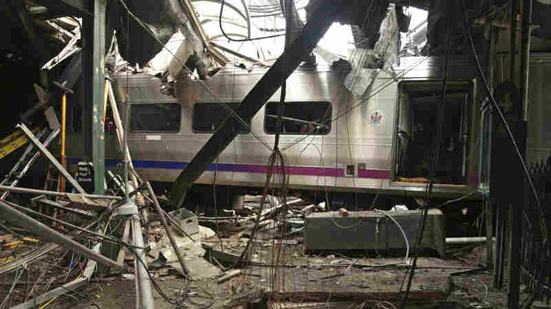 Investigators Blame Sleep Apnea For 2 Train Crashes, Push For Mandatory Screening