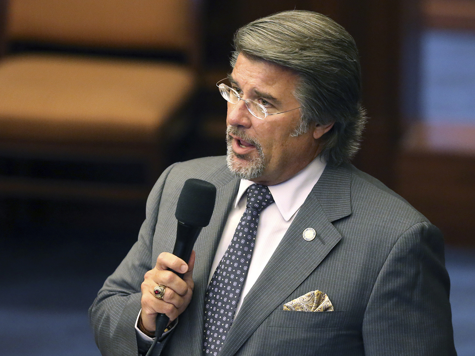 Florida state Sen. Gary Farmer speaks during the 2017 session in Tallahassee, Fla. He has introduced a new bill that would eliminate the false identity provision and clarify the statute so that it applies only to people who commit traditional workers' comp fraud, such as lying about injuries or eligibility for benefits.