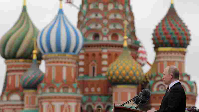Tracking Shows Russian Meddling Efforts Evolving Ahead Of 2018 Midterms