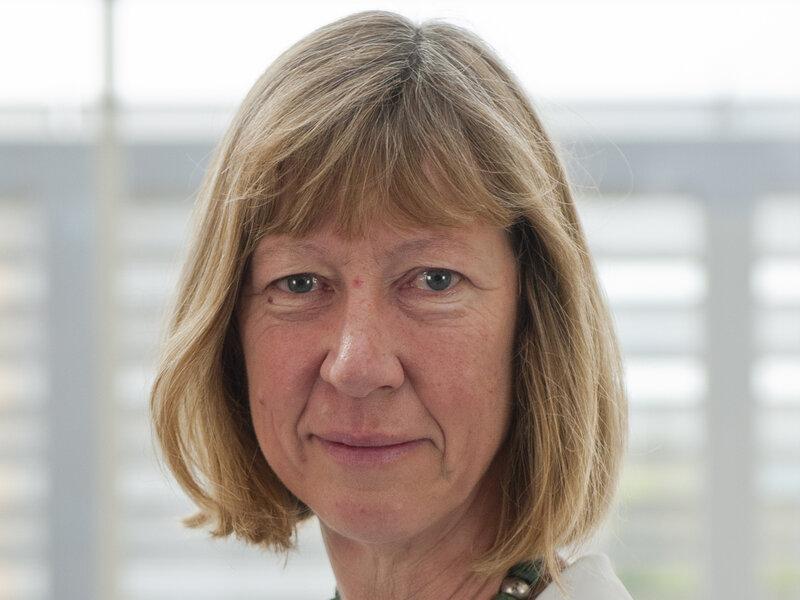 KARA: Milfs pour bbc