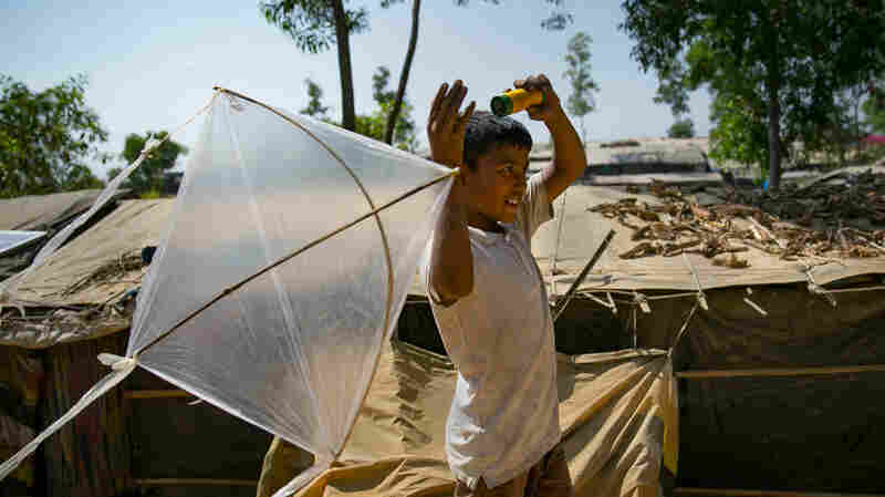 A 10-Year-Old Kid Is Making Magic With His Kites