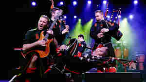 Mixup Leads Couple To See Red Hot Chilli Pipers