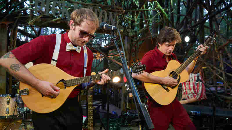 Watch Deer Tick Perform 'Card House' Live At Pickathon