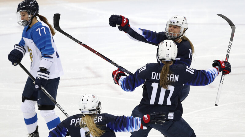 U S Women S Hockey Team Will Face Canada In Gold Medal Game At