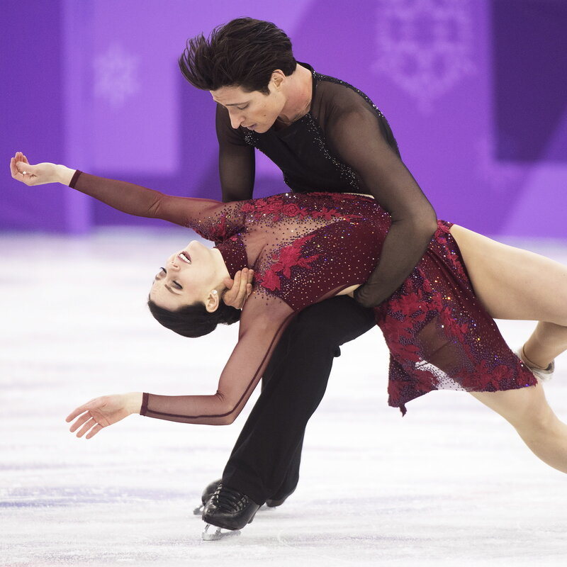French Olympic Ice Skater Has 'Nightmare' Wardrobe ...