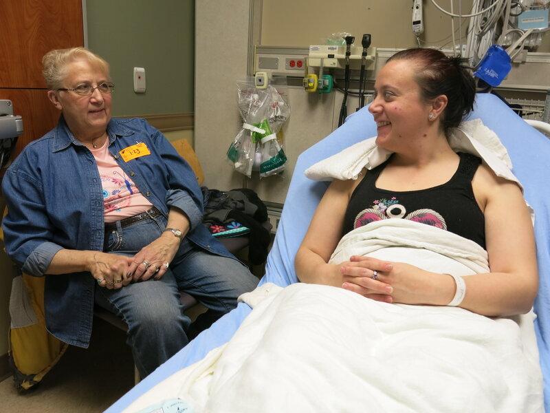 Hospital ERs Cut Opioid Prescribing But Still Reduce Pain