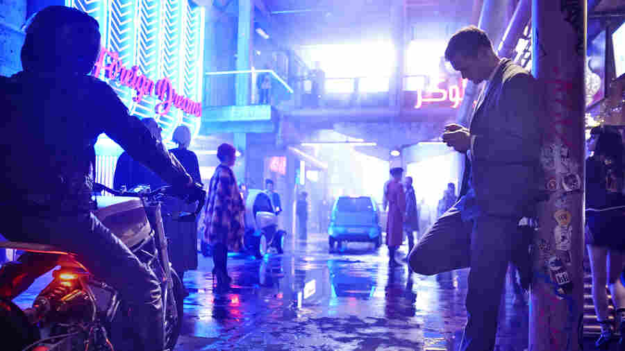 'Mute' Is 'Blade Runner' Without An Edge