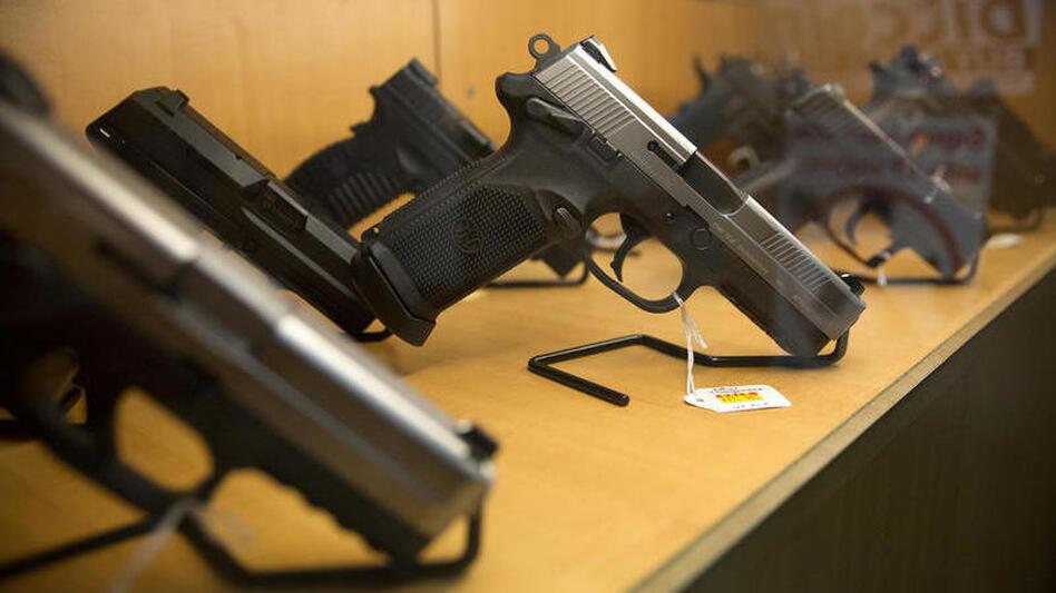 A gun display case at Central Texas Gun Works in Austin, Texas. (Miguel Gutierrez Jr. /KUT)