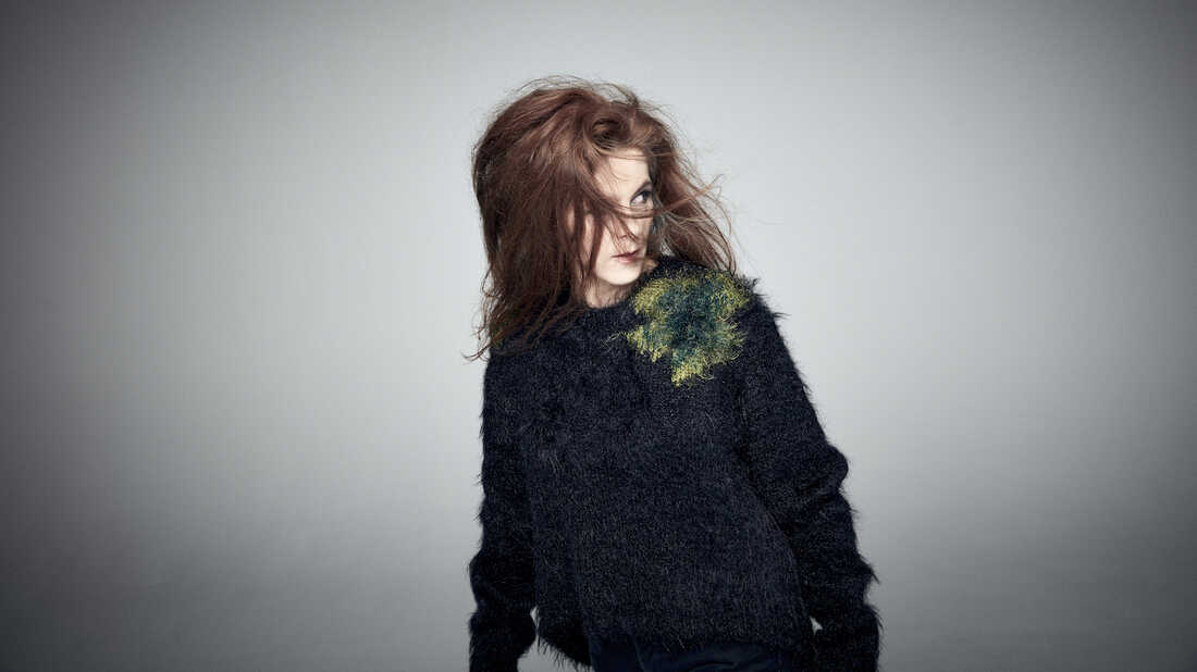 Neko Case Announces First Solo Album In 5 Years, 'Hell-On'
