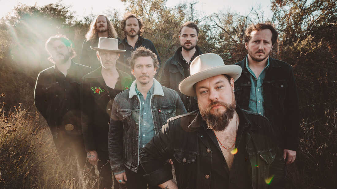 Nathaniel Rateliff Keeps Secrets For Himself On 'Tearing At The Seams'