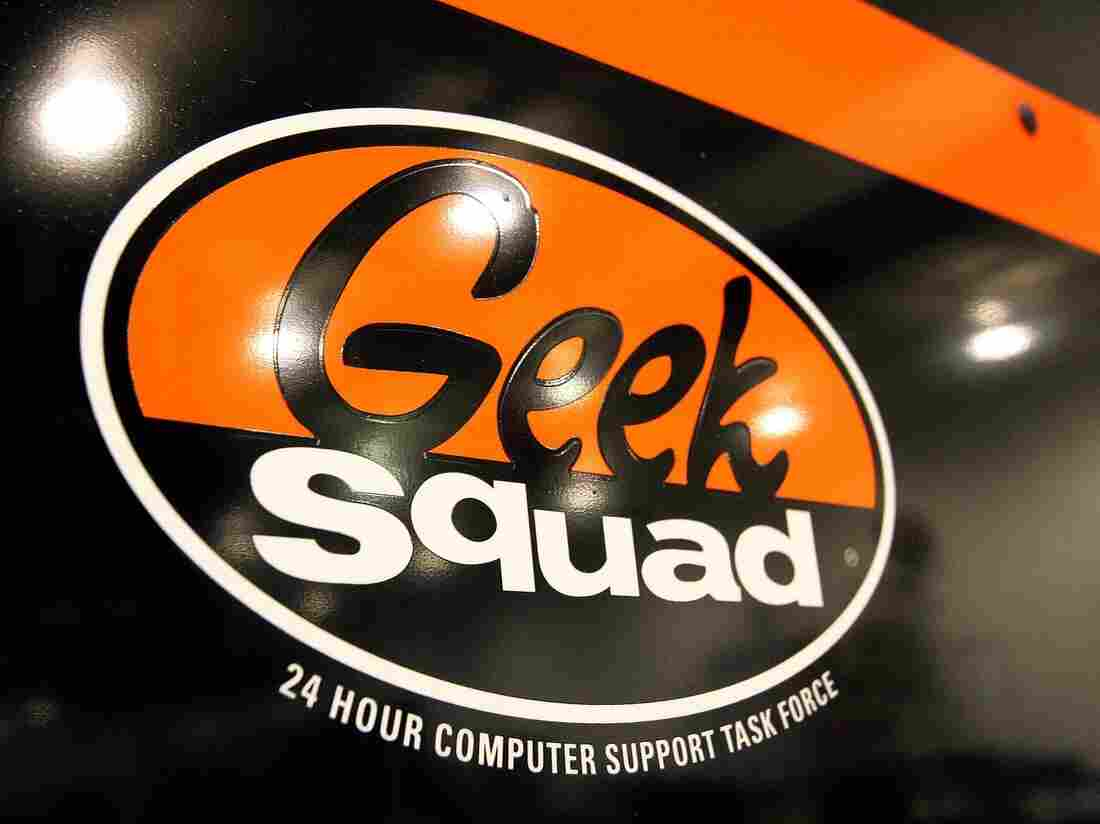 Geek Squad fix workers 'paid by FBI'