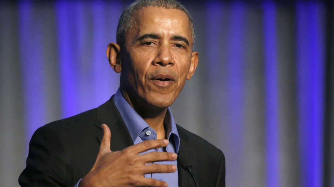 Former President Barack Obama addresses participants at a summit on climate change involving mayors from around the globe on Dec. 5 in Chicago.