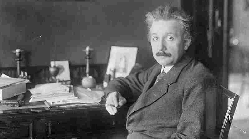 The Universe According To Albert Einstein: Relativity