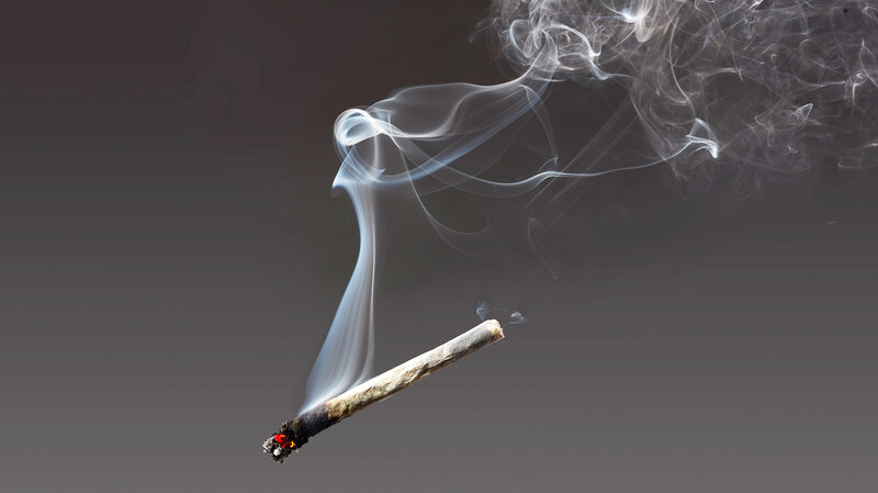 Secondhand Smoke Might Triple Childs >> Marijuana S Secondhand Smoke Poses Risks To Heart And Lungs Shots