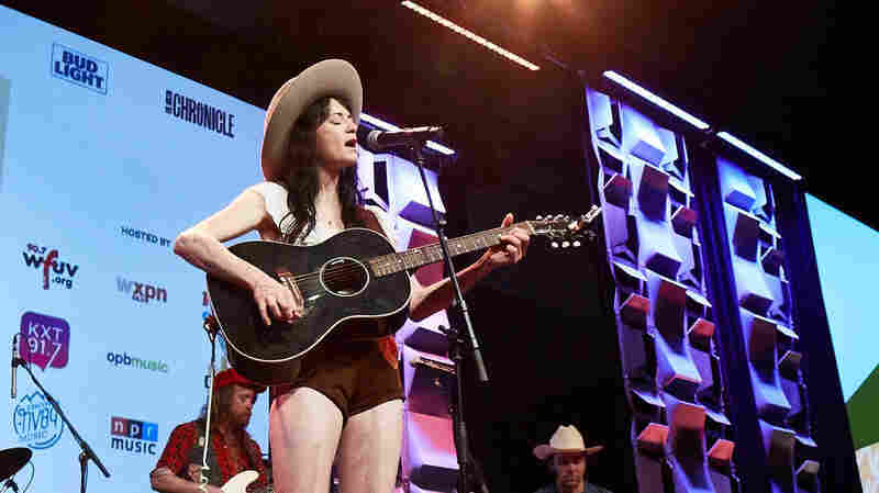 Watch Nikki Lane Perform 'Right Time' At SXSW