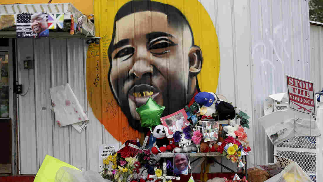 Police won't face charges in Alton Sterling shooting case