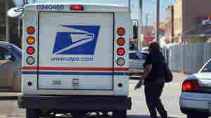 As Trump Attacks Amazon-Postal Service Ties, He Fails To Fill Postal Governing Board
