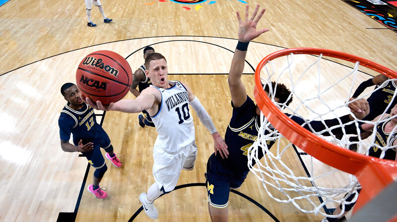 2ab010e2a82 NCAA Men's Basketball Championship: DiVincenzo Leads Villanova Past ...