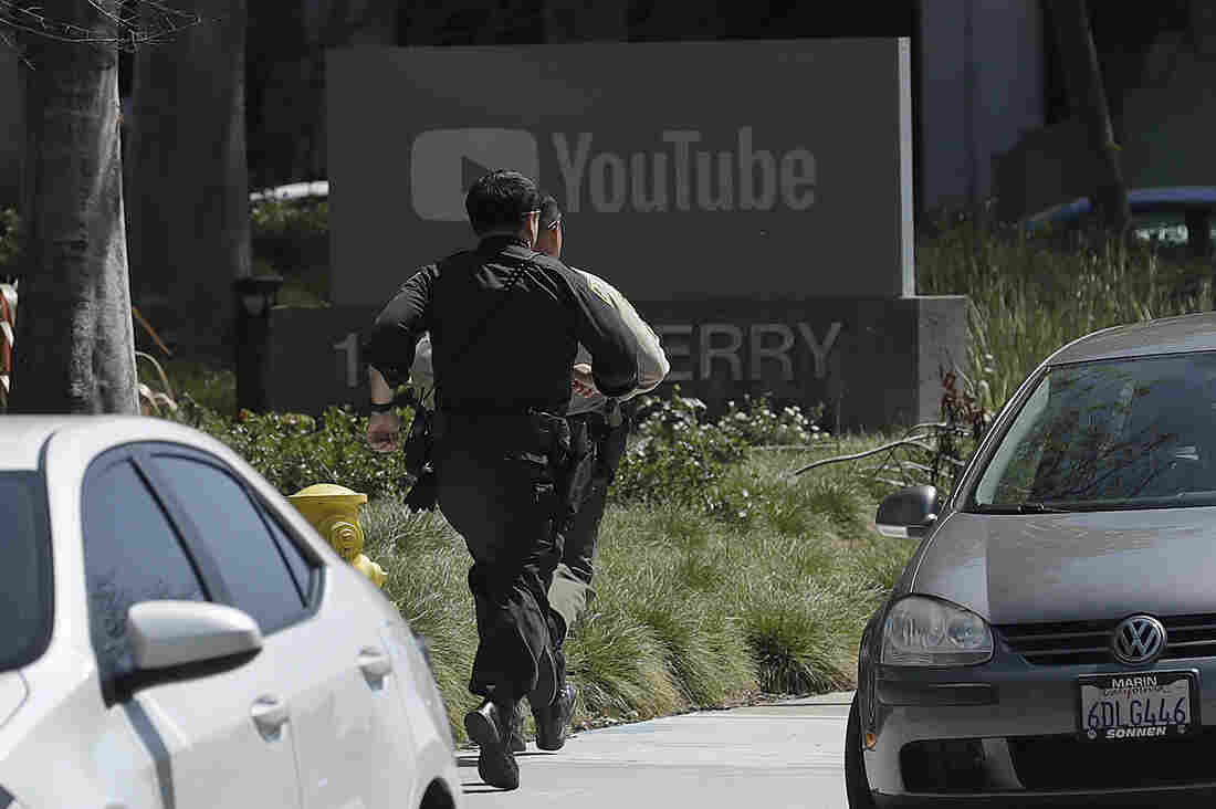 Female suspect dead after shooting at YouTube headquarters