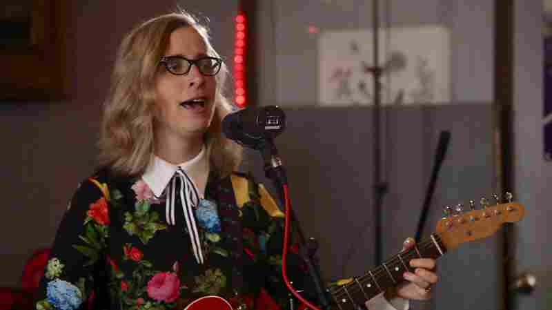 In 'The Lookout,' Laura Veirs Sings An Ode To Stable Love
