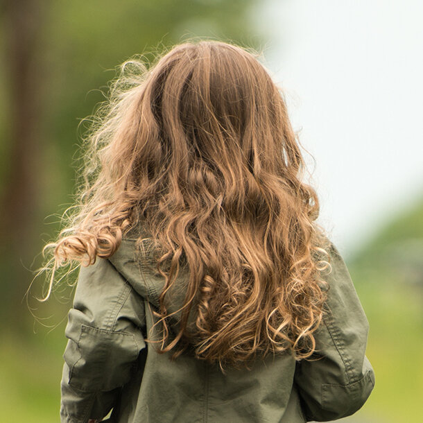 To Raise Confident Independent Kids >> Raising Free Range Kids In An Age Of Helicopter Parenting Is Tough