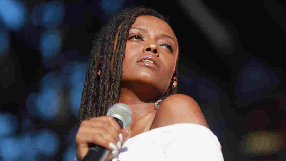 Kelela performing in Los Angeles, Calif. in October 2017