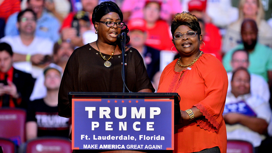 Pro-Trump Internet personalities Diamond and Silk speak during a 2016 Trump campaign in Fort Lauderdale, Fla. (Johnny Louis/WireImage)