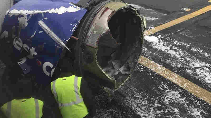 1 Person Dies After Southwest Jet With Blown Engine Makes Emergency Landing