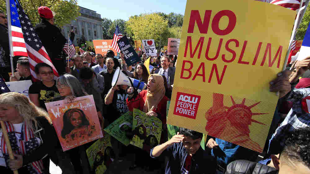 In Intense Arguments, Supreme Court Appears Ready To Side With Trump On Travel Ban