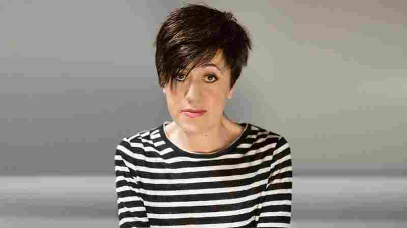 'A Distinctive Voice': Tracey Thorn Goes On 'Record'