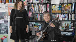 Bela Fleck And Abigail Washburn: Tiny Desk Concert