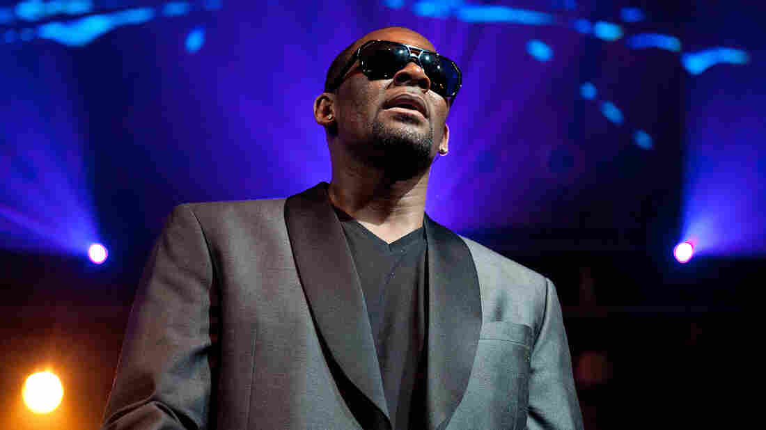 Apple Music, Pandora Pulls R. Kelly's Music
