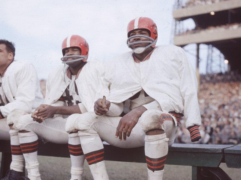 Jim Brown Highlights >> Heroic But He S No Hero Revisiting Football Great Jim