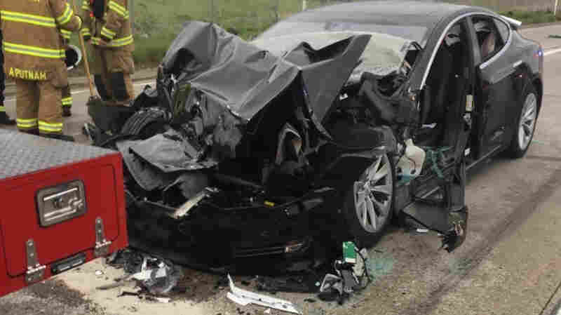 Federal Agency Investigates Tesla Crash; Driver Says Car Was On Autopilot