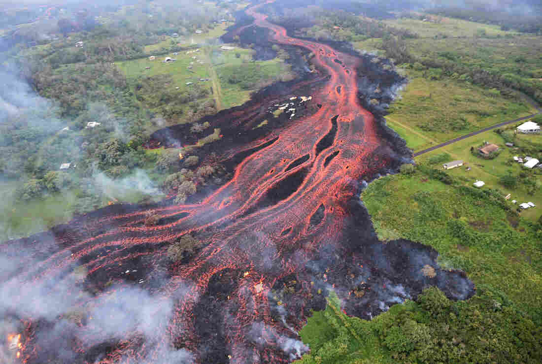 Hawaii volcano eruption: Horrifying BLUE FLAMES ignite roads as methane gas EXPLODES