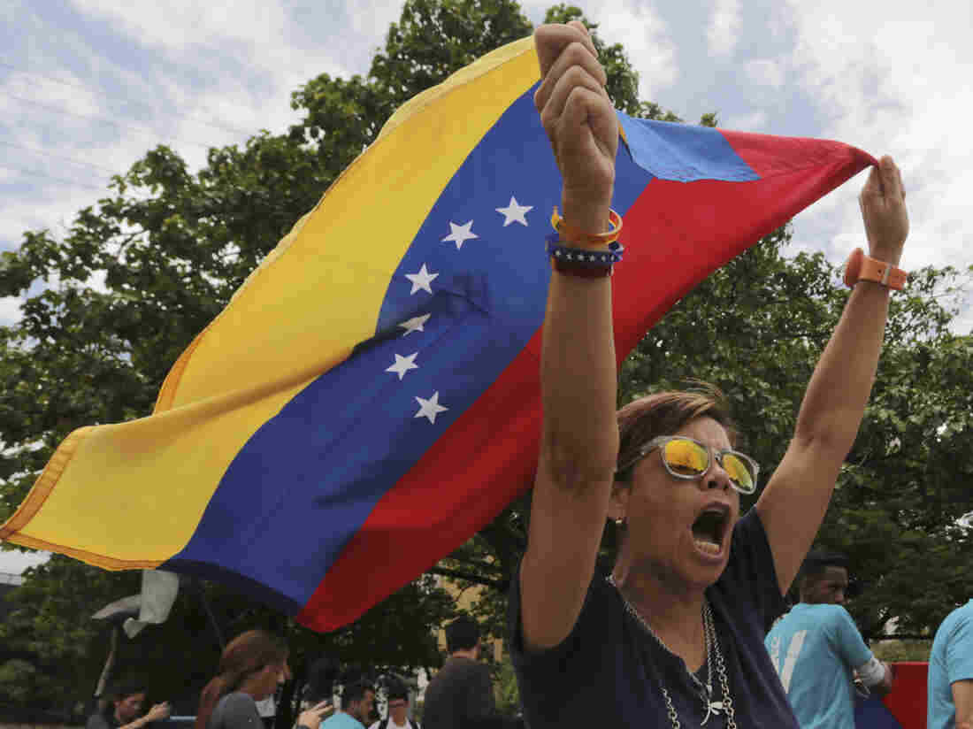 More Countries Rebuke Venezuela Election; US Imposes New Sanctions