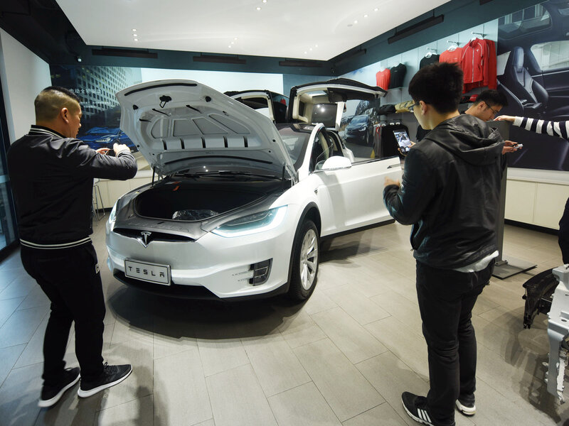 China Cuts Tariffs On Autos Possibly Easing Trade Tensions With