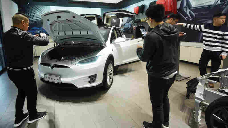 China Cuts Tariffs On Autos, Possibly Easing Trade Tensions With U.S.