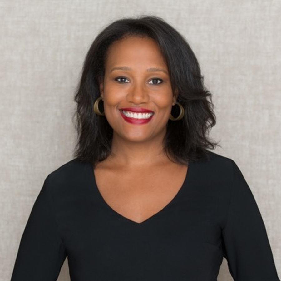 Alexis Clark, author of Enemies in Love