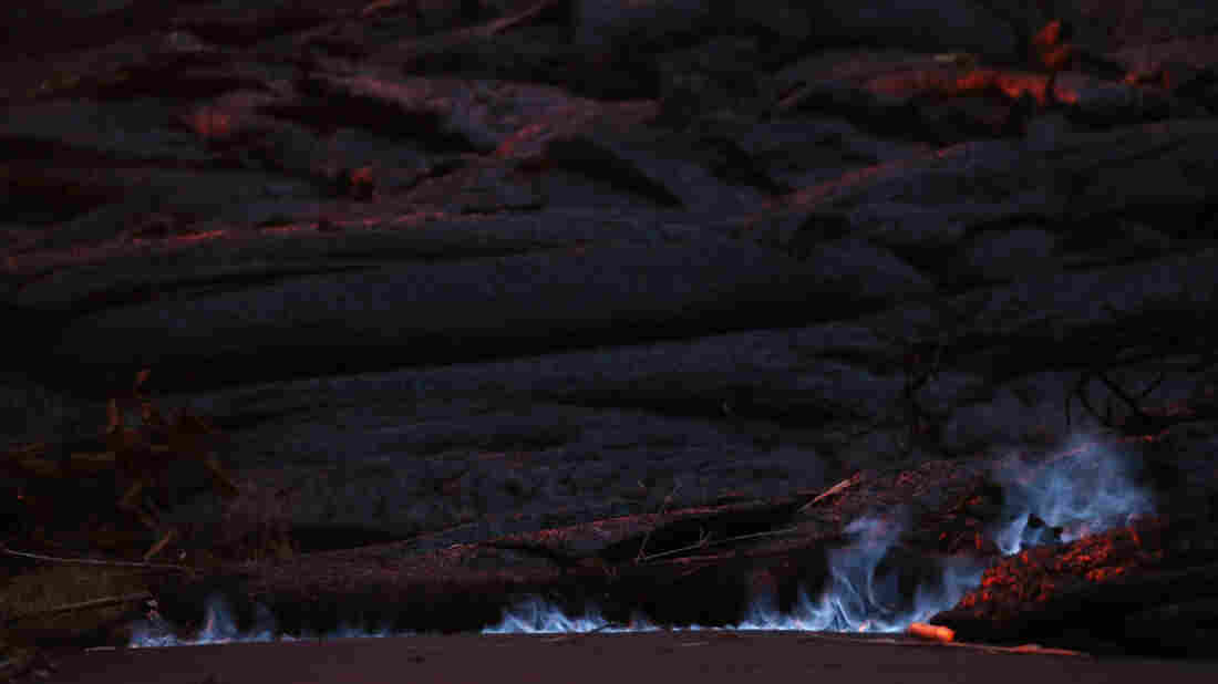 Lava enters ocean from 3 flows