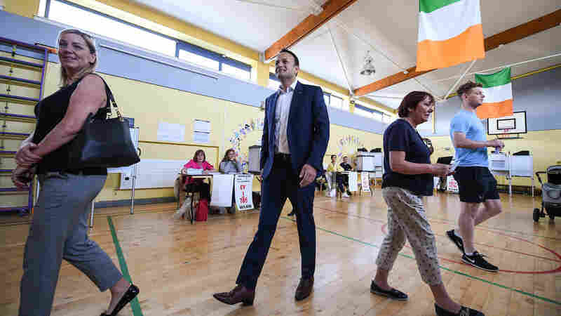 Irish Voters Cast Ballots In 'Once-In-A-Generation' Vote On Abortion Rights