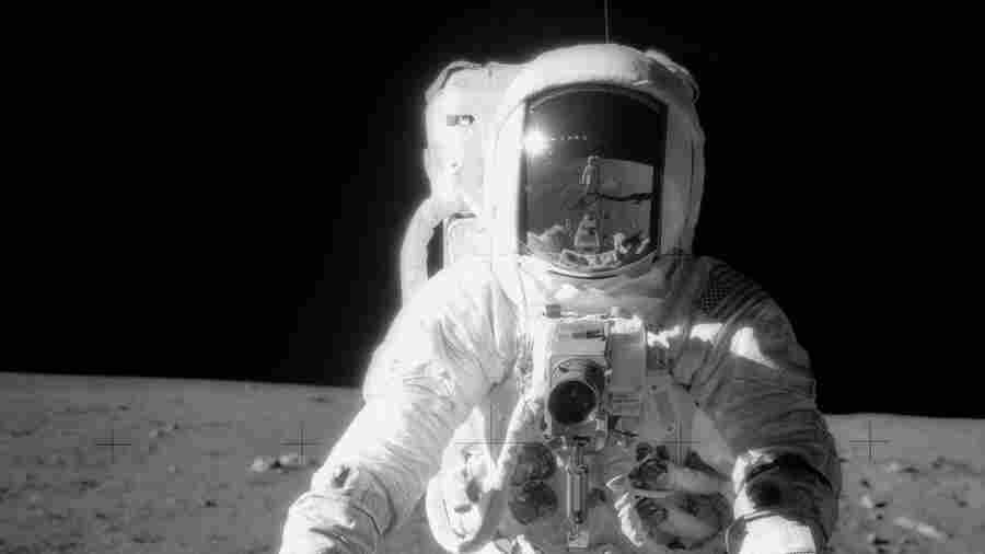 Alan Bean, Apollo 12 Astronaut Who Walked On The Moon, Dies At 86