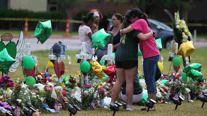 'It's Going To Be Tough': Santa Fe Students Return To School After Shooting