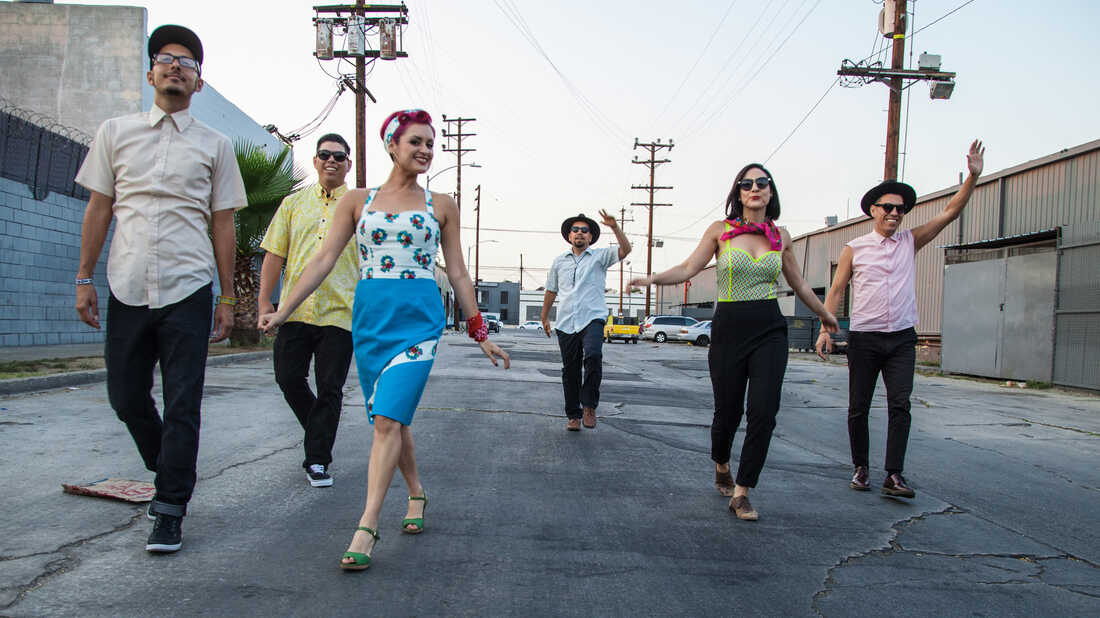Las Cafeteras Celebrates Love In The Time Of Borders